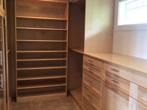 Maple Shaker Faces Walk IN Closet
